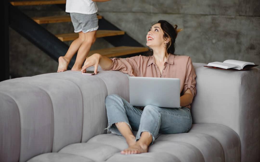 Devenir Assistante Virtuelle quand on est Maman : 7 avantages